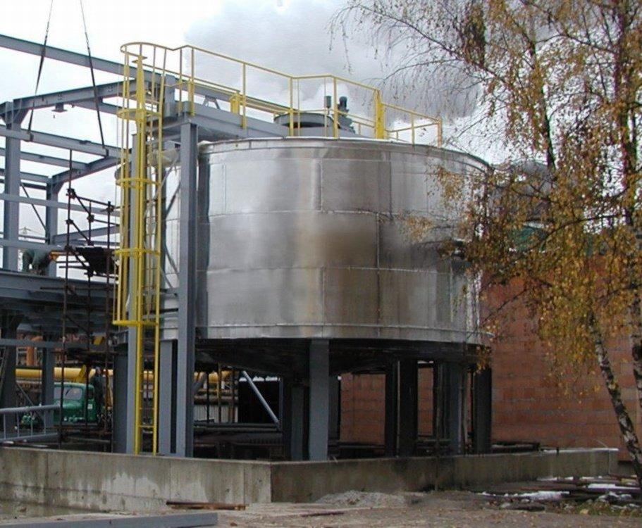 Реакционный резервуар<br />«СУАС» Вржешова, реакционный резервуар с внутренней футеровкой.